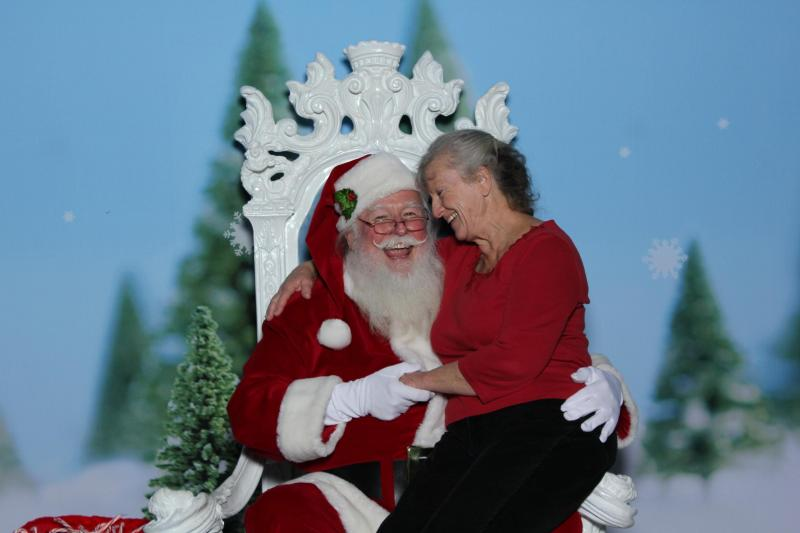 SANTA AND MRS. CLAUS - HAPPY TO BE IN SAN FRANCISCO